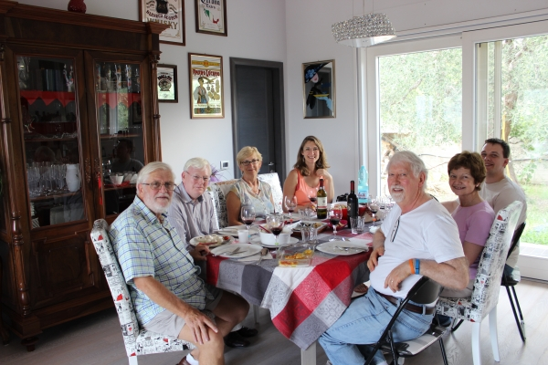 Lunch with a party of 7 English guests